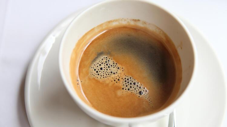 Uzmanlar ikiye bölündü… Hamilelikte kafein zararlı mı?