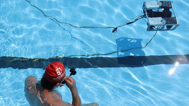 TEKNOFEST için geliştirilen insansız su altı aracı havuz testlerini tamamladı