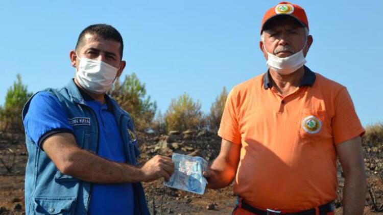 Yangın alanında bulunan para, orman işçisinin çıktı