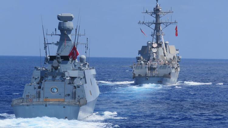 Son dakika haberi: MSB fotoğrafları paylaştı! Doğu Akdeniz'de ABD ile ortak eğitim...
