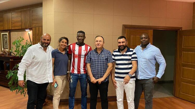 Son dakika | Sivasspor, Angers'den Casimir Ninga'yı transfer etti