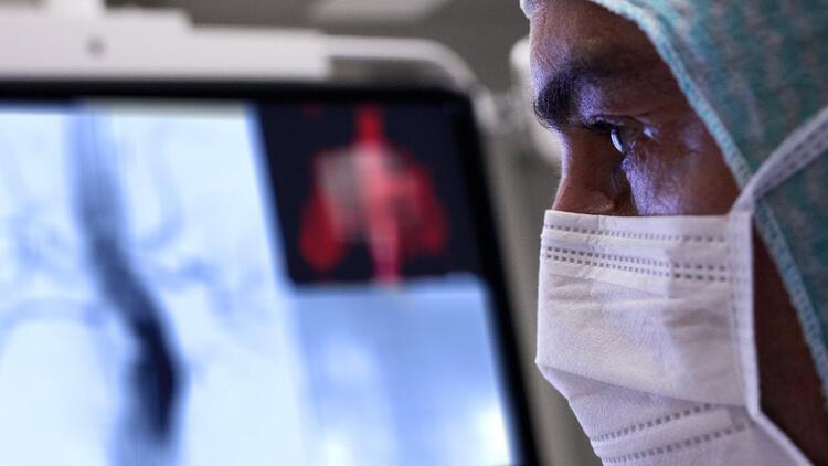 Koronavirüs aşısı obezlerin üzerinde etkili olmayacak