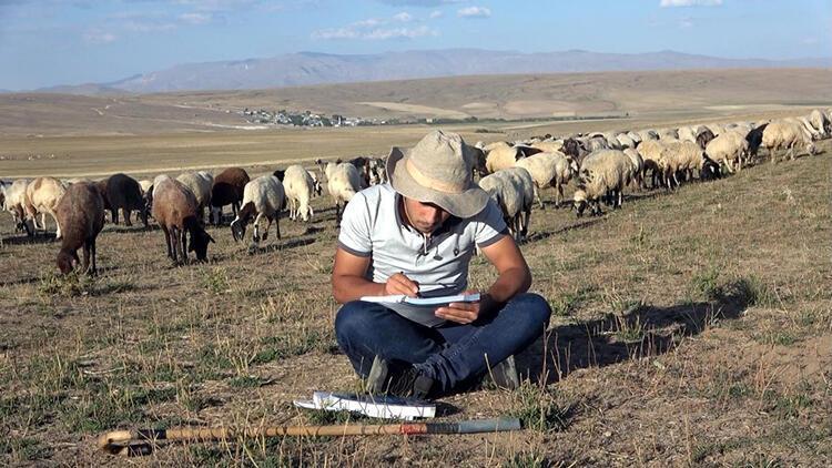 Çobanlık yaparken üniversiteye hazırlanan Vanlı Muhammet, tıp fakültesini kazandı