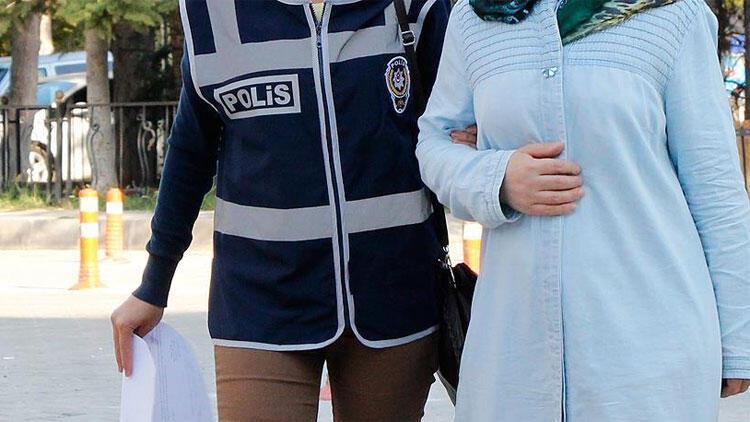 FETÖnün kadın üyelerinden sorumlu imamı Antalyada yakalandı