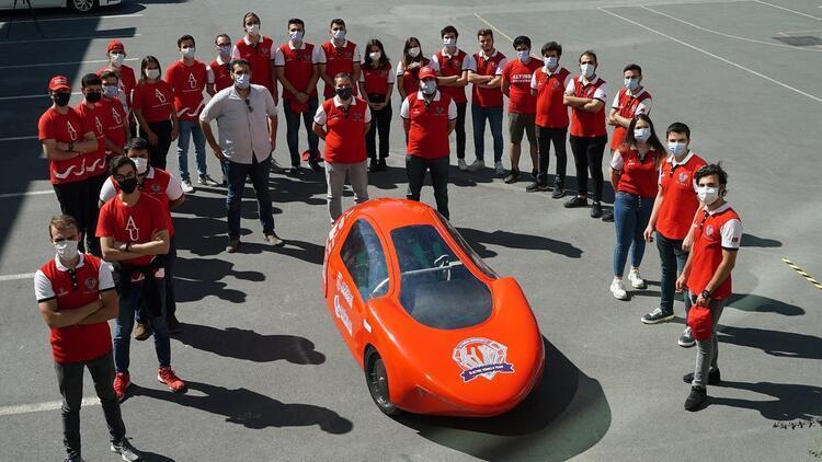 Üniversite öğrencilerinin ürettiği elektrikli otomobil tanıtıldı