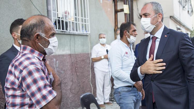Adalet Bakanı Abdulhamit Gülden Gaziantepte şehit ailesine taziye ziyareti