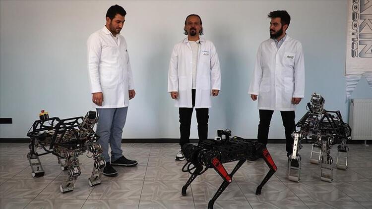 Dört ayaklı yerli robot Arat sahneye çıktı