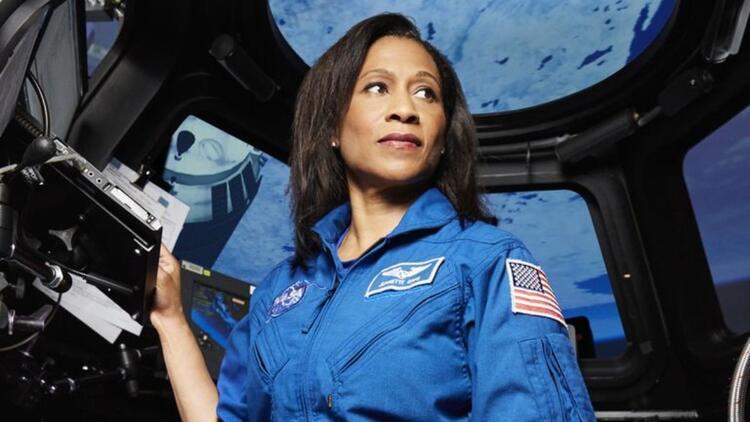 Uluslararası Uzay İstasyonu'nda yaşayacak ilk siyahi kadın oldu