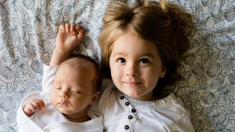 Çocuğunuzun kardeşlik duygularını empati ile karşılayın