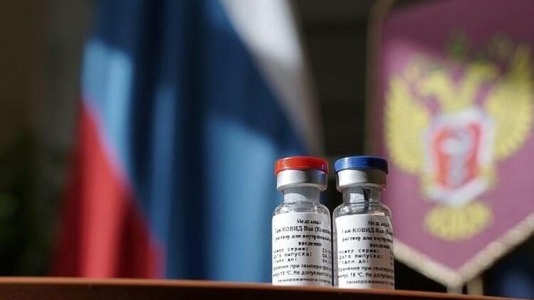Rusya'dan flaş aşı açıklaması: Tarih verdiler