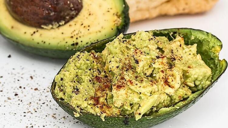 Guacamole sos nedir, nasıl yapılır? Guacamole sos tarifi