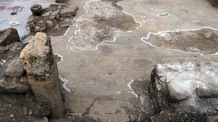 1600 yıllık 'Gola' mozaiklerini tahrip ettiler