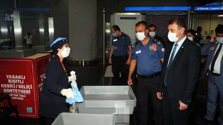 İstanbul Havalimanı'nda koronavirüs denetimi