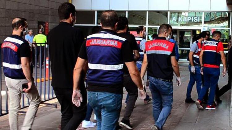 Mersin'de rüşvet operasyonuna 3 tutuklama