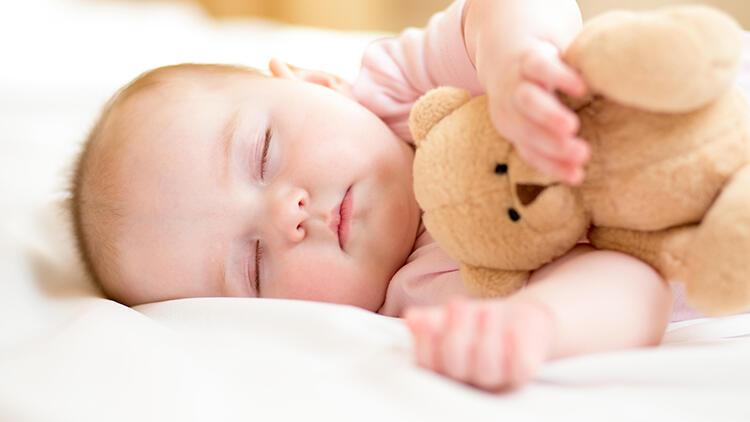 Bebeğinize uyku düzeni oluştururken kaçınmanız gereken 5 şey