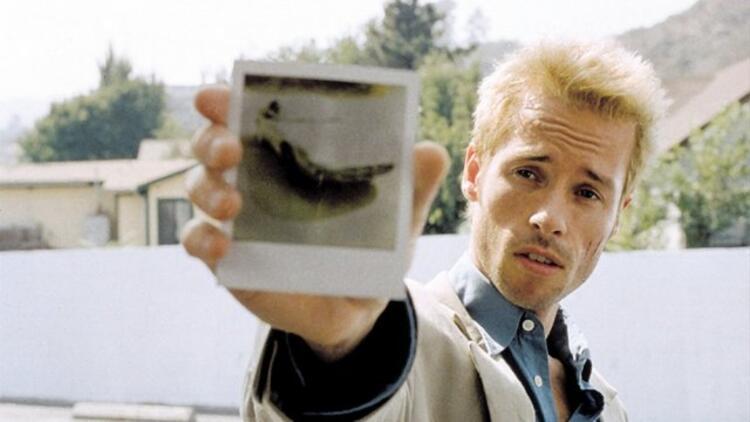 Memento (Akıl Defteri) filminin konusu nedir? Imdb Puanı kaçtır? Memento oyuncuları (Oyuncu kadrosu) listesi