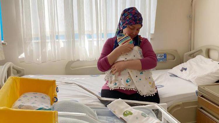 Kadavradan rahim nakliyle anne olan Derya ile bebeği, 15 gün sonra taburcu olacak