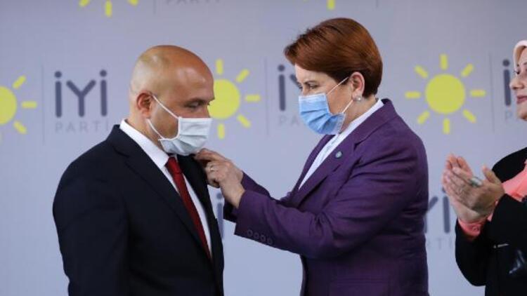 Bağımsız Milletvekili Erhan Usta İYİ Parti'ye katıldı