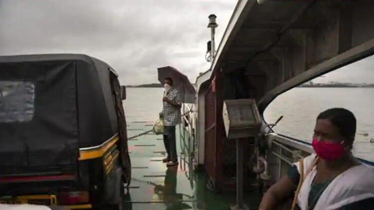 Gemi ve feribot çarpıştı, çok sayıda ölü var
