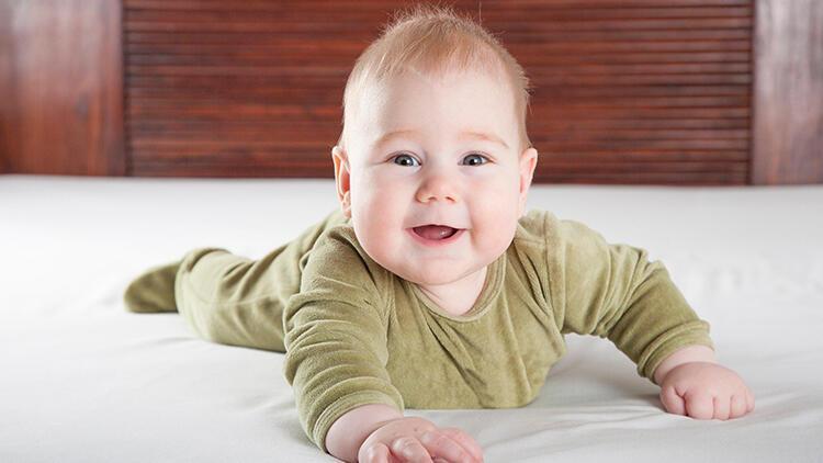 Bebeğinizin kaslarının güçlenmesine yardımcı olacak 3 egzersiz