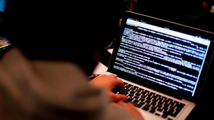 Devletin özel yazışmalarına şifreli koruma