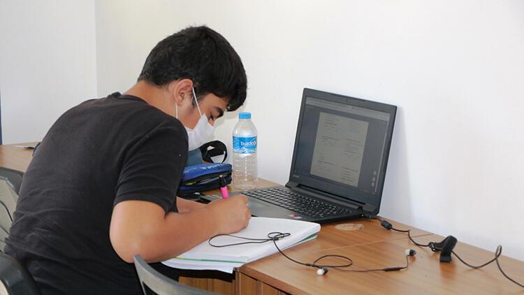 Sakarya'da, öğrenciler için EBA sınıfları oluşturuldu