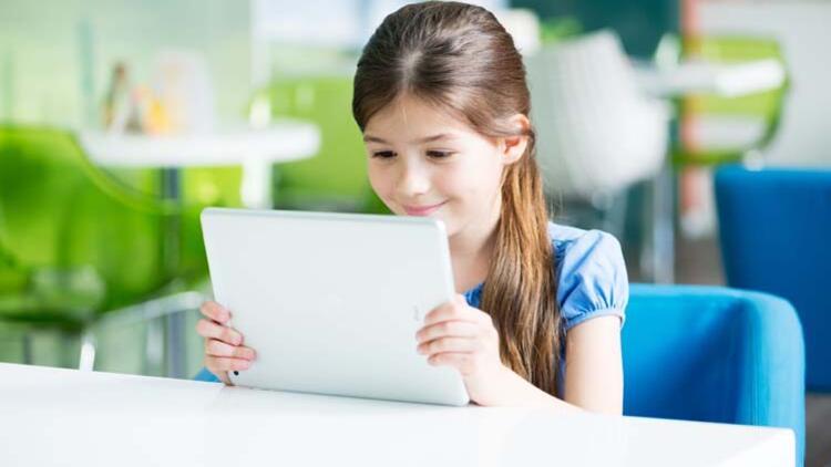 Uzaktan eğitimde çocukların göz sağlığı için bunlara dikkat edin