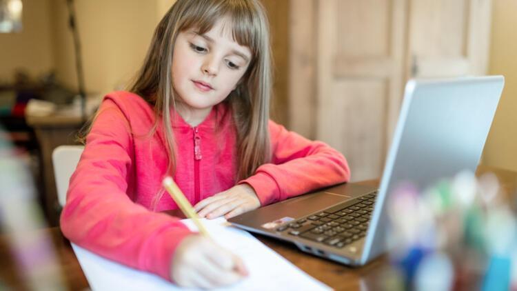 DEHB'li çocuklar için uzaktan eğitim nasıl düzenlenmeli?