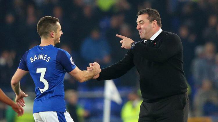 Baines, Everton'da yardımcı antrenör oldu