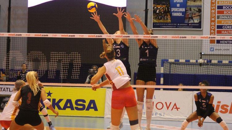 Misli.com Voleybol Sultanlar Ligi'nde Aydın Büyükşehir, Galatasaray HDI Sigorta'yı 3-2 mağlup etti