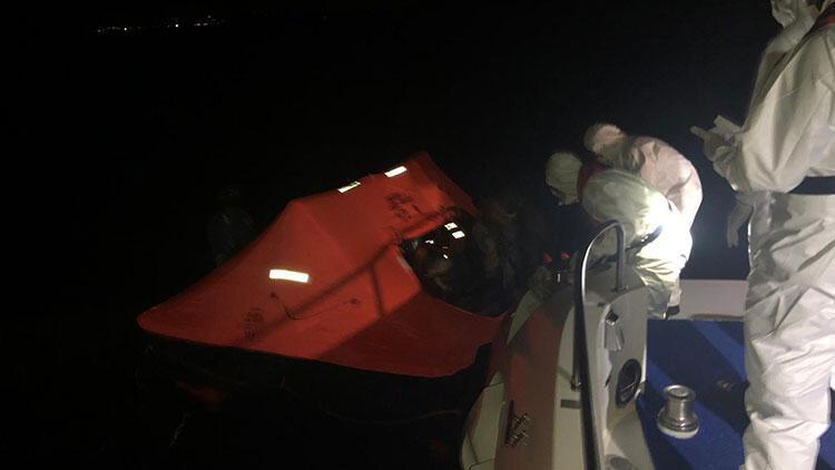 Yunanistan tarafından Türk kara sularına geri itilen 9 sığınmacı kurtarıldı