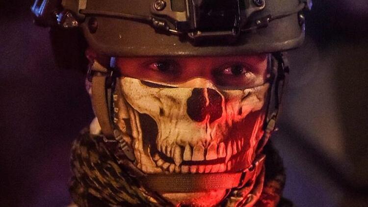 Kolombiya'da polis şiddetine karşı gösterilerde kan döküldü