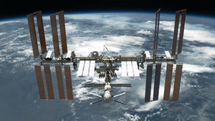 Rusya, Uluslararası Uzay İstasyonu'nun 'çarpışma riski' taşıdığını açıkladı