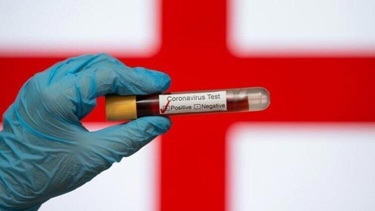 İngiltere'de corona virüs vaka sayısı artışa geçti