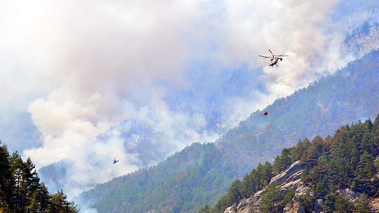 Son dakika... Bakan Pakdemirli açıkladı: Adana'daki yangın kontrol altına alındı