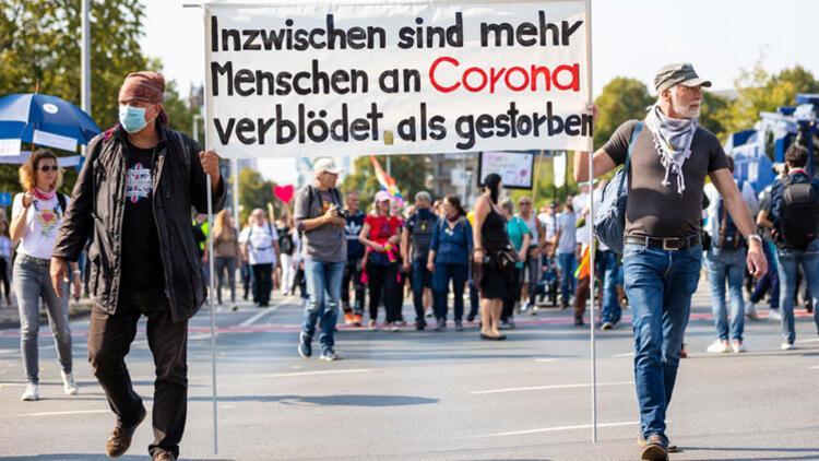 Münih'teki korona gösterisine polis müdahalesi