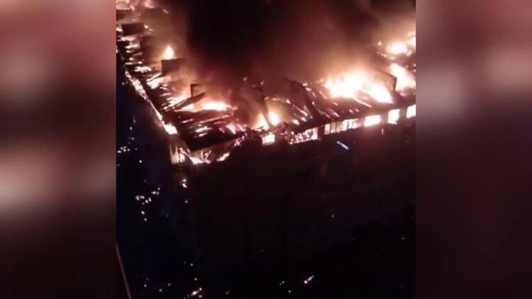 Rusya'da korkutan yangın: 88 daire hasar gördü