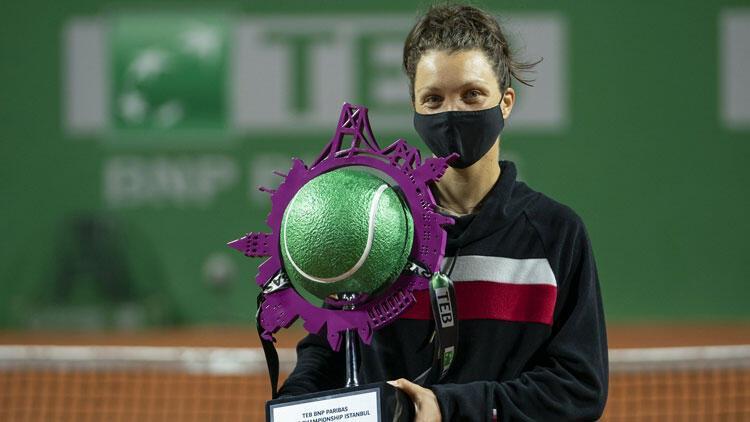 TEB BNP Paribas Tennis Championship İstanbul'da şampiyon Patricia Maria Tig!