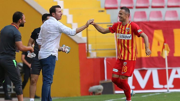 Kayserispor Teknik Direktörü Bayram Bektaş: 'İlk maçta puanla başlamak önemliydi'