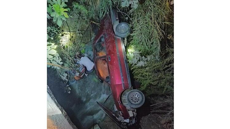 Otomobil sulama kanalı uçtu: 1 ölü, 2 yaralı