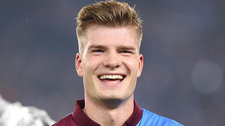 Son Dakika Haberi   Jose Mourinho'dan Trabzonsporlu Alexander Sörloth için transfer açıklaması!