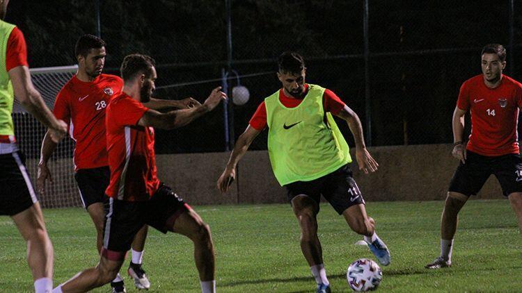 Atakaş Hatayspor, Medipol Başakşehir maçı hazırlıklarını tamamladı