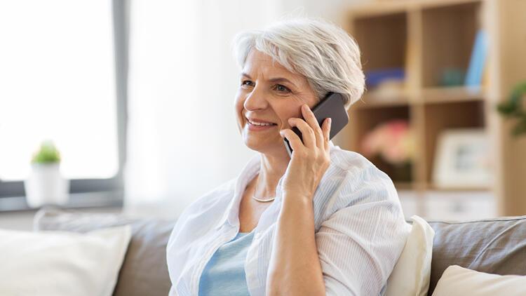 Pandemi sürecinde 65 yaş ve üstü bireylerle iletişim canlı tutulmalı