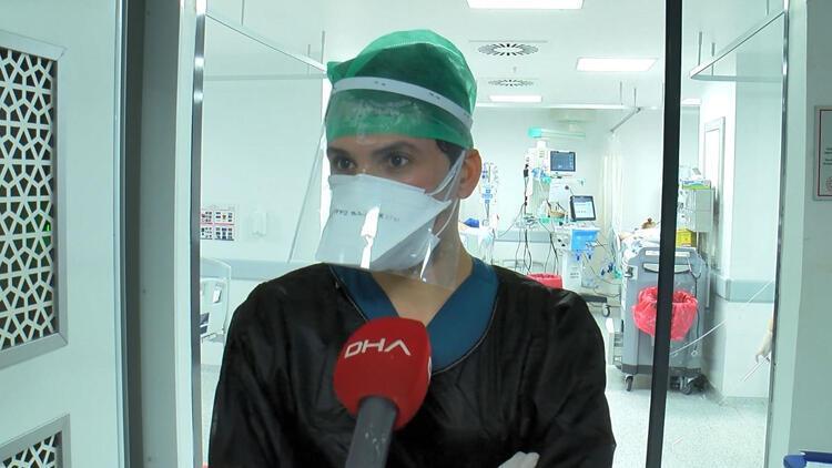 Koronavirüs salgınıyla ile mücadele eden doktor, anne ve babasını 7 aydır görmüyor