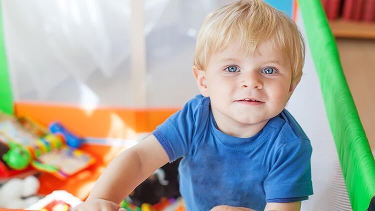 Çocuk odasını güvenli hale getirmenin 5 yolu