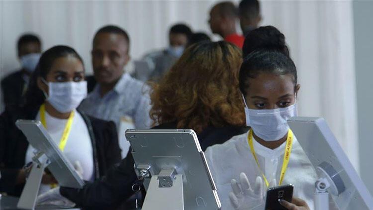 Güney Afrika Cumhuriyeti'nde koronavirüs vaka sayısı 651 bin 500'ü aştı