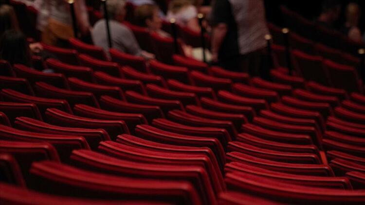 Tiyatro gösterimleri ile opera ve bale  temsilleri için yasak kalktı mı? İşte Covid-19 tedbirlerinin ardından gelen açıklama