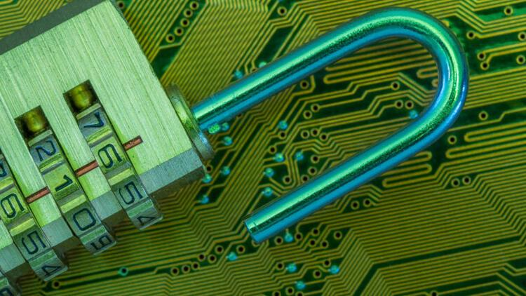 'Bürokrasi siber güvenlik girişimlerinin ana engeli'