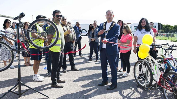 Londra Bisiklet Kulübü Eğitim Merkezi Atölyesi açıldı