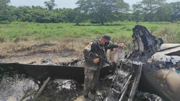 Venezuela uyuşturucu taşıyan ABD uçağını vurdu